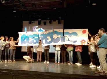 Vídeo Institut Diversitas El 16 de maig es va celebrar a Can Massallera la sisena edició del Fòrum de convivència dedicat a l'assetjament escolar. Es tracta de la trobada anual de tots els agents educatius que participen del programa de convivència de la ciutat on es presenten les diferents propostes de sensibilització elaborades en el […]