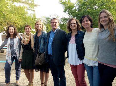 Aquesta setmana l'Alcaldessa, Lluïsa Moret i la Tinenta d'Alcaldessa de Ciutat Educadora, Alba Martínez han visitat l'institut Rubió i Ors i l'Escola Amat Verdú per a donar la benvinguda al nou curs escolar als equips docents, famílies i alumnes. A l'institut van compartir un esmorzar amb l'equip directiu per a anunciar projectes i recollir propostes. […]