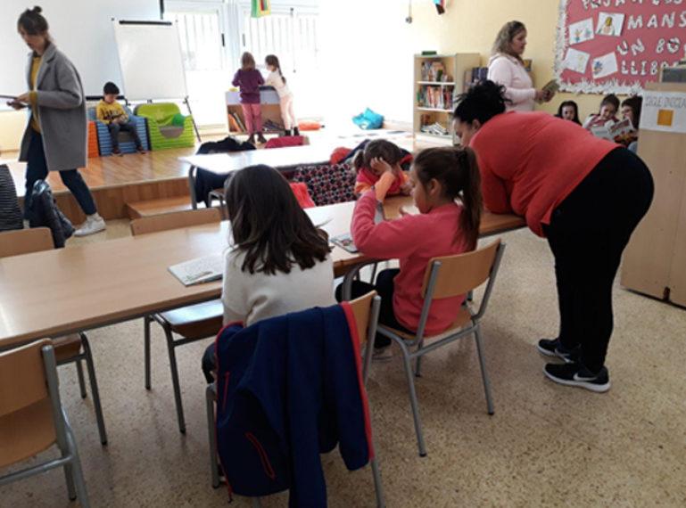 El Bibliopati de l'Escola Casablanca