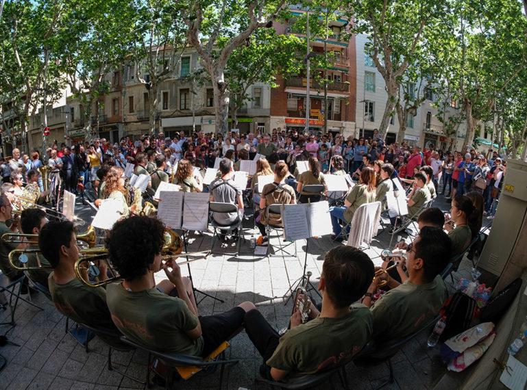 Els carrers s'omplen de música amb el Daltabaix 2018