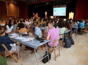 """Més de 150 docents i membres d'equips directius de primària, secundària dels centres educatius de Sant Boi de Llobregat i Santa Coloma de Cervelló van participar de la 2a Jornada Pedagògica """"CoMfluïm?"""" organitzada conjuntament pel Centre de Recursos Pedagògics del Departament d'Educació de la Generalitat de Catalunya i la Regidoria de Ciutat Educadora de l'Ajuntament […]"""