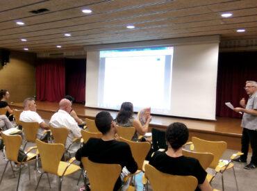"""Més de 20 persones i cinc professors i professores voluntaris han participat en la prova pilot del curs """"Populart: psicologia a través de l'art"""". Un curs organitzat per l'àrea de Ciutat Educadora de l'Ajuntament de Sant Boi i cofinançat pel programa Erasmus+ de la Comissió Europea. El Populart es fonamenta en els principis de la […]"""