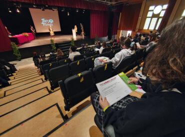 El passat dijous 22 d'abril va tenir lloc l'acte de lliurament dels premis corresponents al XXXI Concurs literari i de cartells dels centres de secundaria de Sant Boi que inclou les categories de narrativa, poesia i guió dramàtic en llengua catalana, castellana i estrangera i, d'altra banda, el concurs de cartells que incorporava com a […]